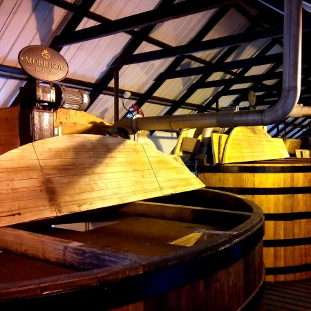 Bowmore-Distillery (2)